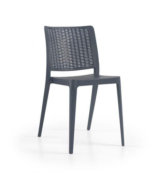 Cadeira June